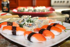 Заказывайте вкусные и недорогие суши, не выходя из дома