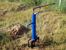Как обеспечить подачу воды на участок в отдалении от центрального водопровода